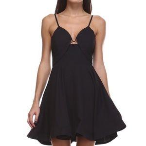 1️⃣✅Tea & Cup Structured black dress